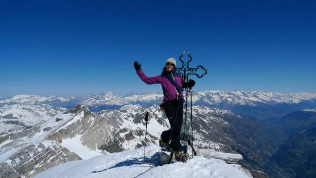 Jules on top of the Bruggenhorn. Brilliant few days touring around Zinal on the Imperial Crown. No lost toe nails this time ;-)
