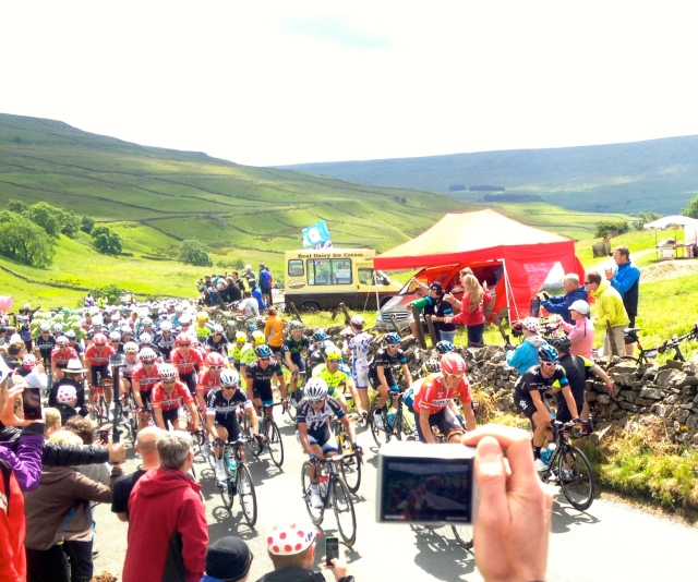 The 2014 Tour De France hit my local roads as cycling fever gripped the people of Yorkshire!