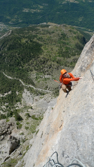It also has belting rock routes like this classic 600m outing on Tete d'Aval, Rank Xerox with pitches up to 7a.